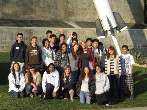 "West High School Astrobiology Students Visit <span class=""caps"">JPL</span>"
