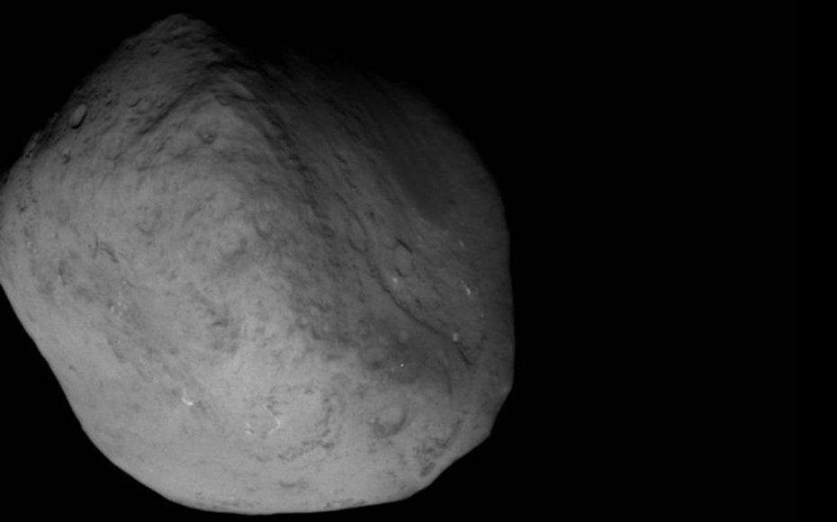 NASA's Stardust-NExT mission took this image of comet Tempel 1 at 8:39 p.m. PST (11:39 p.m. EST) on Feb 14, 2011.