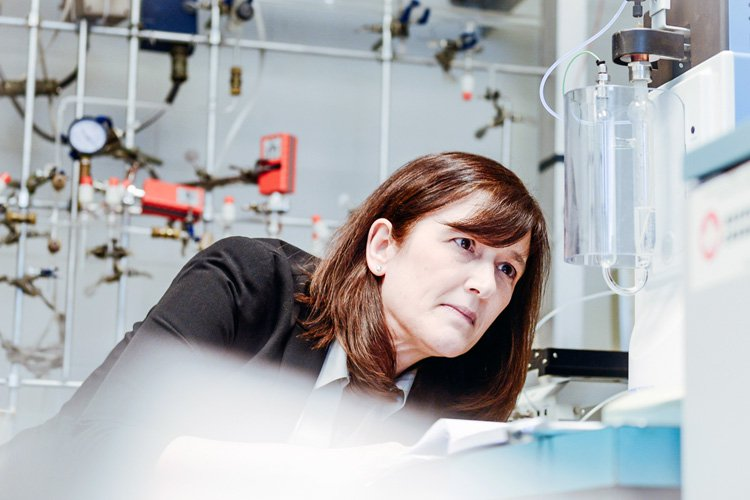 Barbara Sherwood Lollar has been named as a Companion to the Order of Canada. Image source: Natural Sciences and Engineering Research Council of Canada (NSERC) via the University of Toronto.