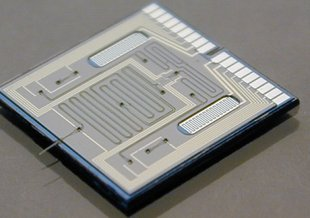 Photograph of an HPLC-chip.