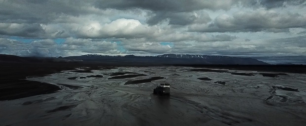 Driving across the Dyngjujökull glacier melt to return to the campsite. Image by Mike Toillion.